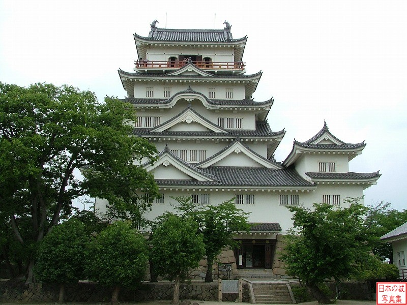 Fukuyama Castle Main tower