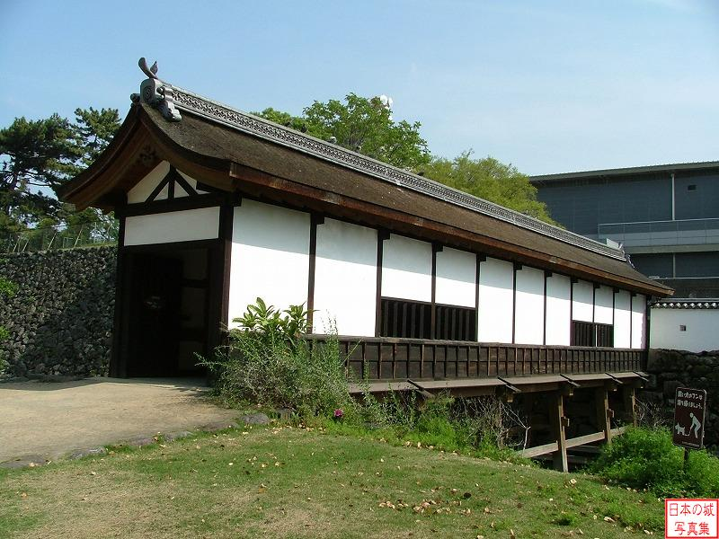 Funai Castle Yamazato enclosure and Rouka bridge