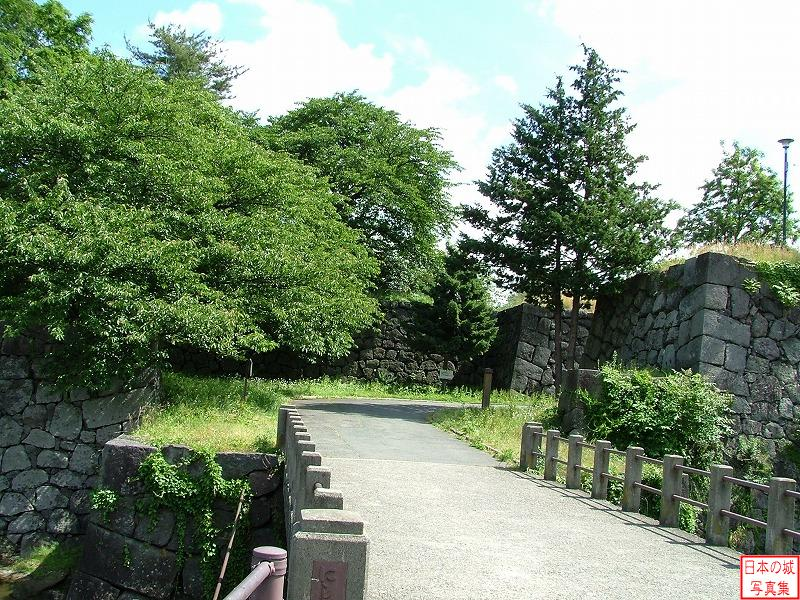 Yamagata Castle The ruins of West Akazu gate (Second enclosure)