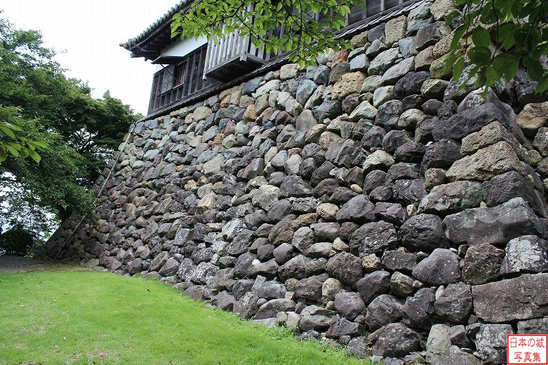Maruoka Castle Stone wall of base of Main tower