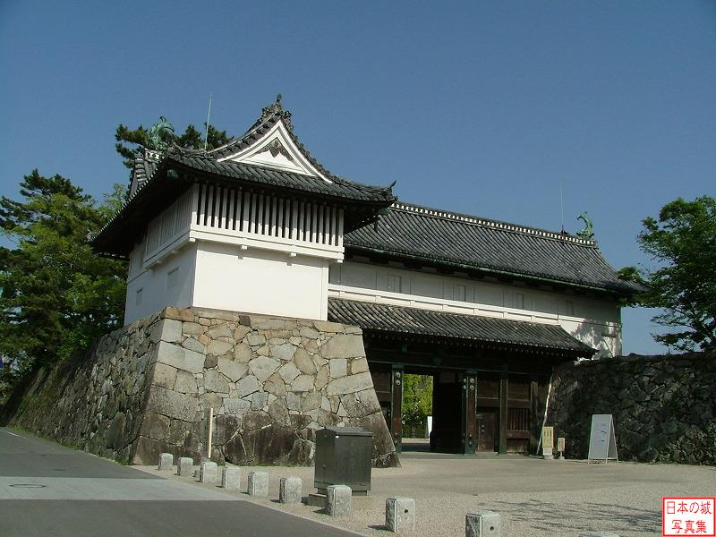 Saga Castle Shachi gate and turret
