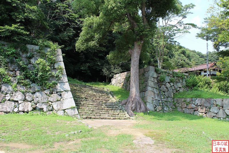 Yonago Castle The ruins of Square entrance