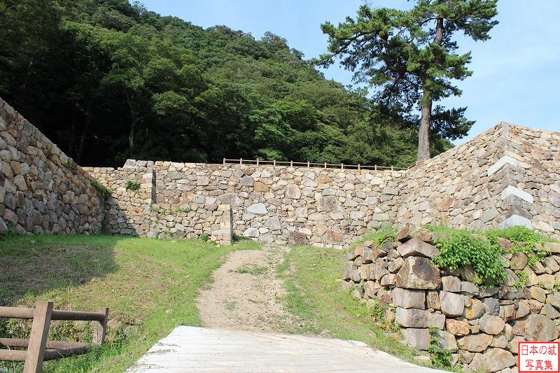 Tottori Castle To Tenkyu enclosure