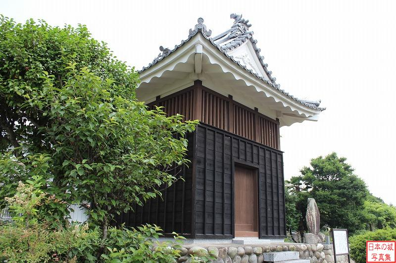 Kanbe Castle Relocated turret (Bell tower of Renge temple)