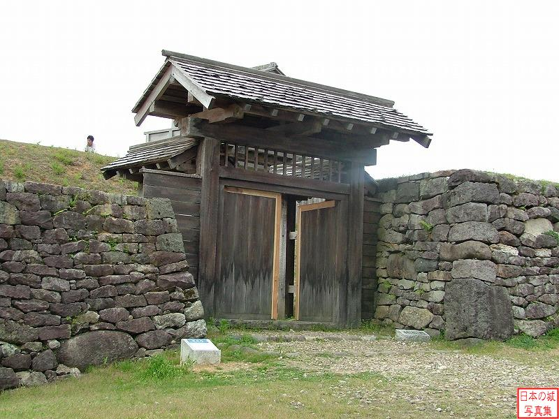 Torigoe Castle Square entrance gate and Main enclosure gate