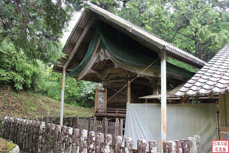 Iwamura Castle Relocated shrine (Yahata shrine)