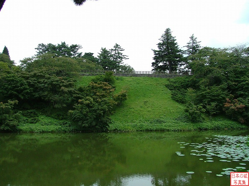 Hirosaki Castle West enclosure
