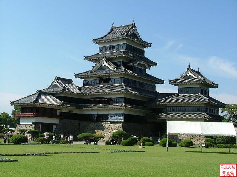 Matsumoto Castle Main tower