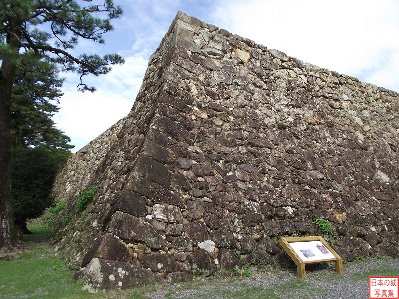 Kouchi Castle Stone wall of third enclosure