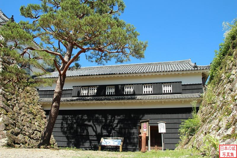 Kouchi Castle Tsumemon gate
