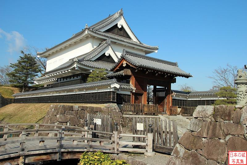 Shoryuji Castle Gate and turret
